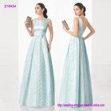 Klassische Couture Mikado langes Abend-Kleid mit Schaufel Stutzen und V-Back