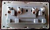 British Standard Blanc Double 13A Square-Épinglé Switched Socket avec Neon