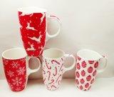 De hete Ceramische Mok van het Nieuwjaar van Kerstmis van de Rode Kleur van de Verkoop