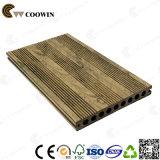 Decking composé en plastique en bois moderne du panneau de paquet WPC