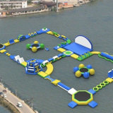 Kundenspezifischer aufblasbarer Wasser-Park für Spiele