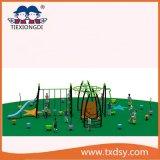Thème d'escalade Kids Faites glisser l'équipement de terrain de jeux de plein air en plastique