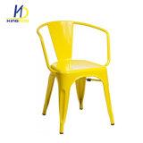 Metal al aire libre de la cafetería de Tolics de la vendimia amontonable industrial de la reproducción que cena la silla con la parte posterior
