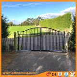 装飾用の塀のアルミニウム塀によってアーチ形にされる庭ゲートの鋼鉄塀