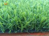 Erba artificiale sembrante naturale per le soste del giardino