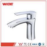 La Chine le robinet du bassin en laiton à levier unique des robinets mélangeurs pour la vente