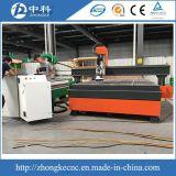 Маршрутизатор CNC 8 дверей автоматического инструмента резцов изменяя деревянный