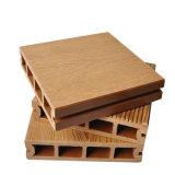 Revestimento composto plástico de madeira do Decking da fonte WPC da fábrica
