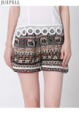 Delle donne europee di estate il nuovo merletto elastico della vita ed americane mette la fabbrica in cortocircuito stampata allentata dell'OEM dei pantaloni delle grandi iarde dei pantaloni della spiaggia