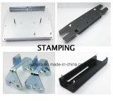 ハードウェアの曲げられた部品OEMのハードウェアの押すことを押すアルミニウムステンレス鋼の真鍮の金属