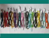 De lichtrose Gevlechte Kabel van het Koord van de Macht Stof