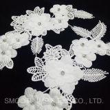Applique della zona del merletto del ricamo di Dressbeaded di cerimonia nuziale di motivo DIY del fiore