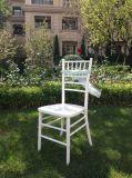 安い木の白いカラーChiavariの結婚式の椅子