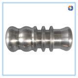 Полируя часть поверхностного покрытия алюминиевая подвергая механической обработке