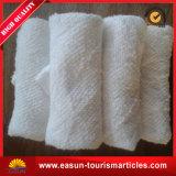 Toalla blanca disponible del algodón para el uso de la línea aérea