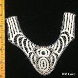 30*25cmの絶妙な3つのカラーネックレスの花嫁の結婚式のアップリケの綿カラーかぎ針編みの首のアクセサリはLolitaのセーターのレースのネックレスの衣裳Hm2023を紐で縛る
