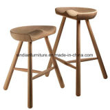 북유럽 작풍의 굽은 대중음식점 나무로 되는 의자
