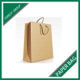 O fabricante personalizou o saco de papel com punho extravagante