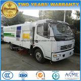Dongfeng 6 колеса с твёрдым покрытием щеточная машина погрузчик 5м3 песок всасывающий погрузчика