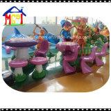 2018年のガラス繊維の装飾の子供の乗車の遊園地のチェアーテーブルセット