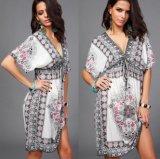 Frauen-Weinlese V-Stutzen Strappy Taillen-Blumendruck-beiläufiges Kleid (50117)
