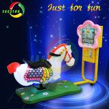 Giro elettrico a gettoni dell'oscillazione del capretto di disegno 3D del cavallo