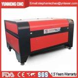 Máquina de gravura de madeira acrílica do laser do couro do MDF