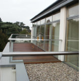 Villa Maison U balustrade en verre de canal de l'acier une balustrade en verre