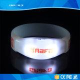 Bester Verkaufs-Fernesteuerte blinkendes Licht-Radioarmbänder