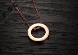 Neuf collier circulaire d'amour plaqué par or d'acier inoxydable de Rose de modèle pour des femmes