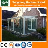 Pérgola del material para techos del policarbonato con la puerta deslizante