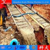 Oro della ghiaia della miniera di oro che separa l'impianto di lavorazione dell'oro di uso