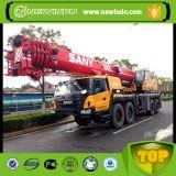 Un camion da 120 tonnellate con la gru Stc1200s del camioncino scoperto della gru