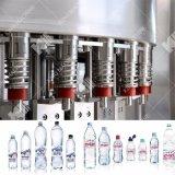 Remplissage de l'eau de vente chaude et chaîne d'emballage purs mis en bouteille automatiques