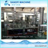 Botella de soda de la máquina de llenado de agua