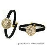 Fabriqué en Chine Prix du bracelet en cuir noir avec bracelet en argent coloré CZ 925 (BT6768)