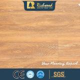 Pavimentazione laminata resistente impressa AC4 dell'acqua della famiglia 8.3mm HDF