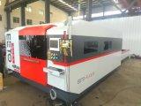 Máquina de gravura de corte a laser de 700W Ipg com troca de palete (FLX3015-700W)
