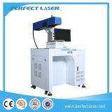 Marcado micro del laser de la tarjeta de memoria del SD hecho a máquina en China