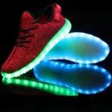 O mais novo LED piscando sapato acende-se sapatos de dança para festa
