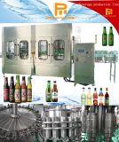 Botella de cristal automática con la máquina que capsula de relleno de la cerveza del casquillo de corona