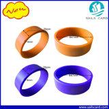 bracelets d'IDENTIFICATION RF de 125kHz /13.56MHz avec le logo fait sur commande estampé