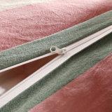 カスタマイズされたホテルのアパートの羽毛布団カバー一定のカナダ