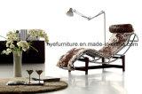 Chaise van Le Corbusier van de woonkamer de Hoge Stoel van de Zitkamer van het Eind (H12)