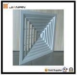 アルミニウム装飾的で平らな正方形の拡散器