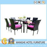 柳細工の長方形の藤のテラスの屋外の家具のダイニングテーブル