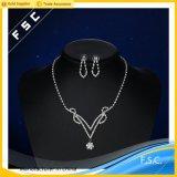 Conjunto cristalino de la joyería de la boda del pendiente del collar del más nuevo diseño al por mayor
