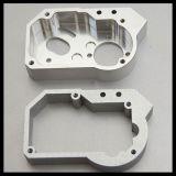 Le parti del motociclo hanno personalizzato i montaggi d'ottone lavorati CNC