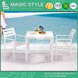 アルミニウム正方形表の屋外のダイニングテーブルの現代ダイニングテーブル(魔法様式)