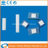 病院のための創傷包帯のガーゼの包帯ロール供給